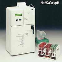 Анализатор содержания электролитов<br /> EasyLyte Na/K/Ca/ph
